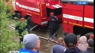 Продуктовый склад горел на улице Ракитной в Иркутске