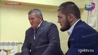 Владимир Путин встретился с Хабибом Нурмагомедовым и его отцом