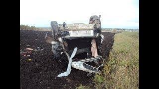 Водитель ВАЗа погиб, опрокинувшись в кювет на трассе в Башкирии