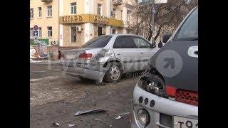 Хабаровчанин поворачивал «прицепом» и попал в ДТП. MestoproTV