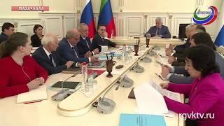 Владимир Васильев провел совещание по подготовке к ЧЕ по спортивной борьбе