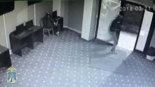 В Минводах четверо в масках ограбили автомойку и букмекерскую контору