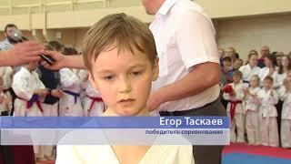 """Омские каратисты сразились в турнире """"Молодой мастер"""""""
