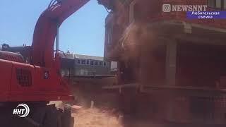 В Махачкале судебные приставы сносят незаконно построенные дома