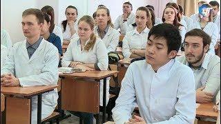 Студенты медики на пороге важнейшего в их будущей карьере решения