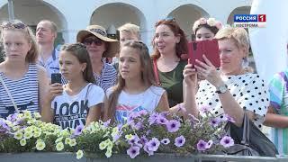 Карнавал с локальным колоритом: Кострома отметила День города и области