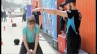 """Добавили веса. В Ленинском районе участники проекта """"Самый сильный школьник"""" взялись за гири"""