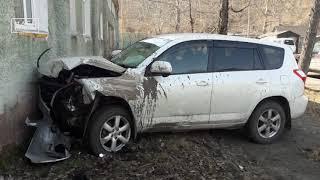 Пьяная автоледи влетела в жилой дом на Камчатке | Новости сегодня | Происшествия | Масс Медиа