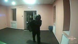 В Красноярском крае сотрудники МВД России задержали подозреваемого в попытке кражи из банкомата
