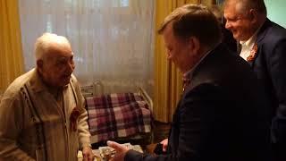 Игорь Лукашев поздравил ветерана с Победой