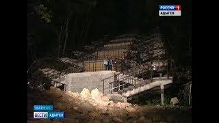 Мурат Кумпилов осмотрел две строительные площадки республиканского центра