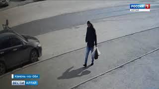 В Камне-на-Оби мужчина украл пакеты с продуктами из камеры хранения