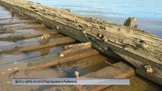 На берегу Рыбинского водохранилища обнаружили старинные деревянные конструкции