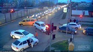 ДТП на ул. Российская и ул. Черкасская 03.03.2018