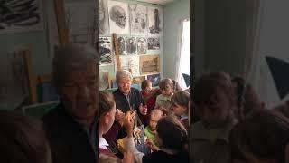 Журналисты «Саратов 24» отвезли юным художникам материалы для занятия живописью