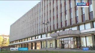 Депутаты Петросовета отменили «золотые парашюты» для чиновников мэрии