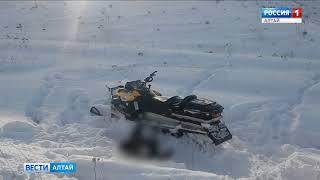 В Алтайском крае мужчина погиб под снегоходом