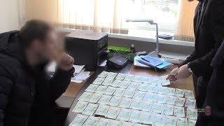 В Волгограде с поличным задержан сотрудник ФСИН, подозреваемый в получении взятки