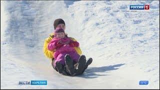 Ледяная горка в микрорайоне Петрозаводска