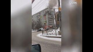 Горит дом на ул. Партизана Железняка (видео 2)