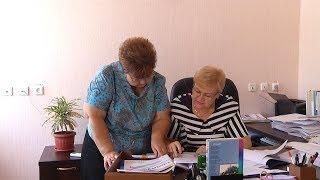 Вместо огорода-офис. Пенсионерка из Новоалександровска не бросила любимую работу.