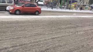 Дороги после снегопада. Комсомольская площадь 13 ноября