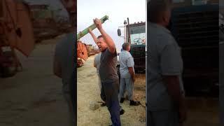 Фермеры в Туркменском районе смотрели матч Россия   Испания на полях