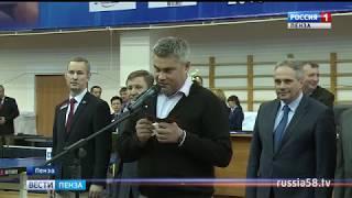 На чемпионате России в Пензе в борьбу вступили сильнейшие теннисисты страны