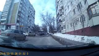 Невнимательный водитель в Туле едва не устроил серьезное ДТП
