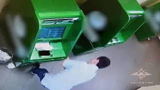 Банкомат подсунул взломщику пустую ячейку