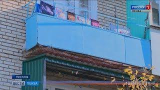 В Пачелме жители жалуются на плачевное состояние балконов