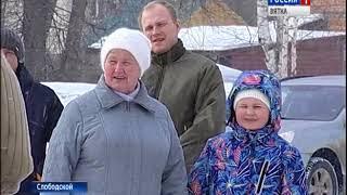 В Слободском освятили новые купола на храм Христорождественского женского монастыря(ГТРК Вятка)