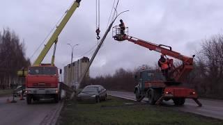 07 11 2018 Нетрезвый водитель «Форда» врезался в опору линий электропередач в Ижевске