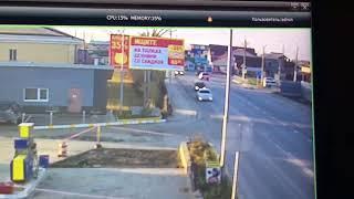 Утреннее ДТП в Южно-Сахалинске с камер наблюдения