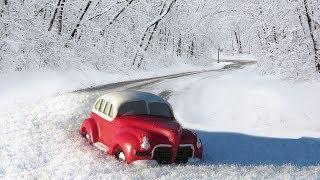 Югорчанам напомнили о заносе автомобиля на зимних дорогах