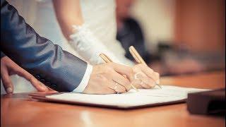 Югорчане чаще всех в УрФО соглашаются на официальный брак