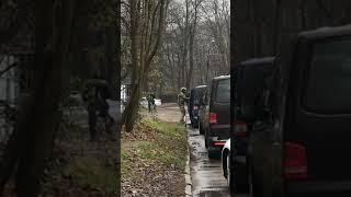 Бойцы спецназа сопровождают патриарха Кирилла в Калининграде