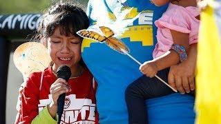Детей нелегальных мигрантов почти тайно доставили в Нью-Йорк. Зачем? Фрагмент Ньюзтока RTVI