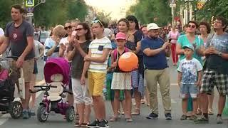 Поэтический баттл и роспись одежды ждут самарцев в выходные на улице Куйбышева