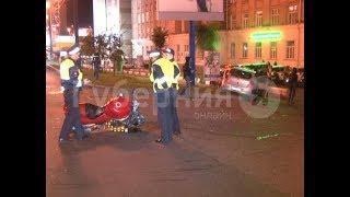 Мотоциклист и автолюбитель получили травмы во ДТП в Хабаровске.