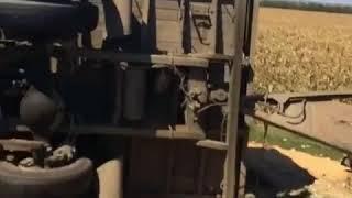 Трасса Георгиевск-Невинномысск, перевернулся зерновоз.