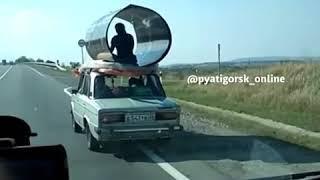 Ставропольцы освоили перевозку поликарбоната индийским методом