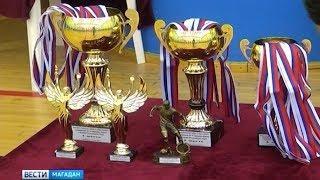 В Магадане завершился чемпионат по мини футболу. Его посвятили Дню Победы.