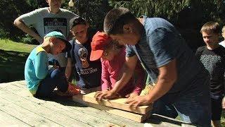 В Ханты-Мансийске воспитывают в лесу крепких людей