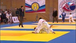 В «Кубке Новгородского кремля» приняли участие более 300 юных дзюдоистов из 10 регионов России
