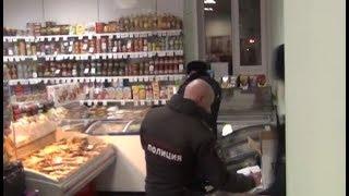 Полицейские из Нефтеюганска проверили порядочность продавцов