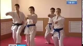38 медалей привезли из Москвы иркутские каратисты
