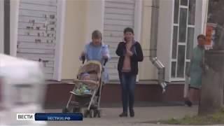 Фасад дома по улице Некрасова, 54 в Вологде теперь украшают кружева
