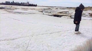 В Ханты-Мансийске похолодало - на Иртыше тронулся лёд