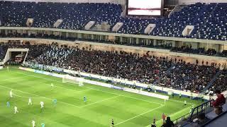 Болельщики «Балтики» запустили волну на стадионе